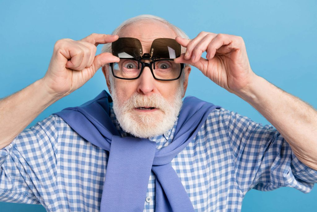 Old man with sunglass